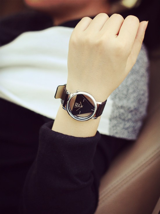 Szkielet zegarek Relogio feminino Trójkąt zegarka kobiet Delikatne przejrzyste pusta skórzany pasek wrist watch quartz dress watch 3